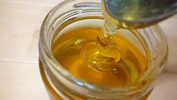 【寝る前に飲むだけ?】簡単に痩せるハチミツダイエットの効果って本当?