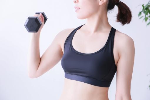 【筋トレ女子のHMBサプリ】コアスリマーの痩せる効果ってどうなの?気になる口コミ・飲み方から副作用まで検証