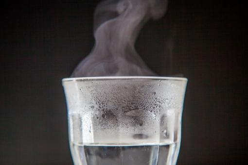 【白湯ダイエット】ダイエット効果だけじゃない?白湯に秘められた健康と美容効果