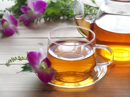 【5つのヨガ素材のパワー】ヨガバランスティーと他のお茶の違いとその効果とは?口コミと評価からその実績検証
